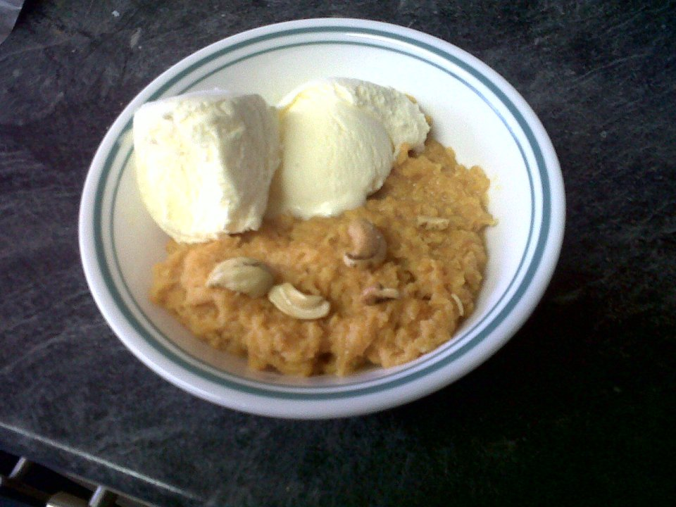 The Gajar ka halwa served with Vanilla ice cream and some cashew nuts