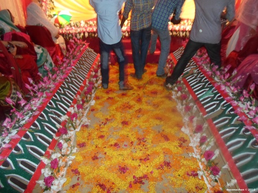 The flowery path for the bride-to-be to walk over