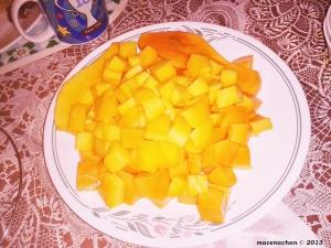 2013 © mangoes