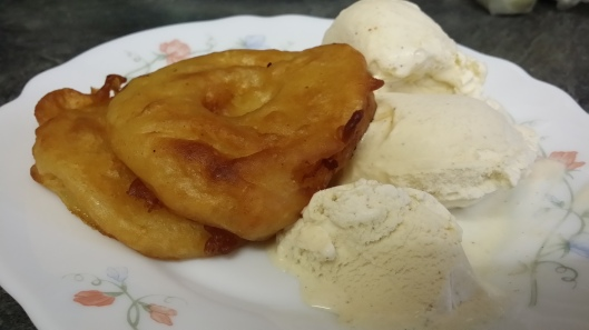 Day 18 - Deep fried Pineapple with Ice-Cream
