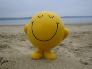 smiley-face-at-beach-compressed
